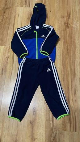 Kompletny polarowy dres Adidas 86cm