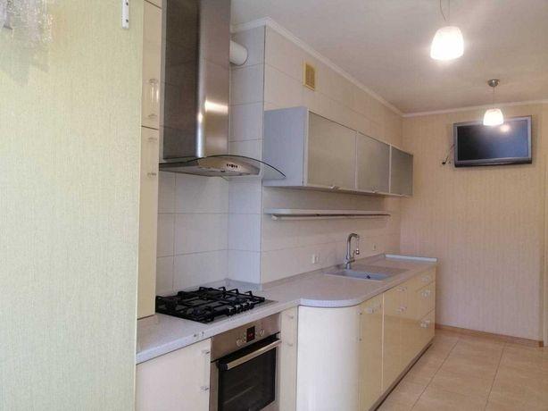 Продам 2 комнатную квартиру в новом доме а Новосельского