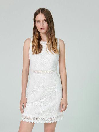 Sukienka biała markowa cropp rozmiar s sukienki