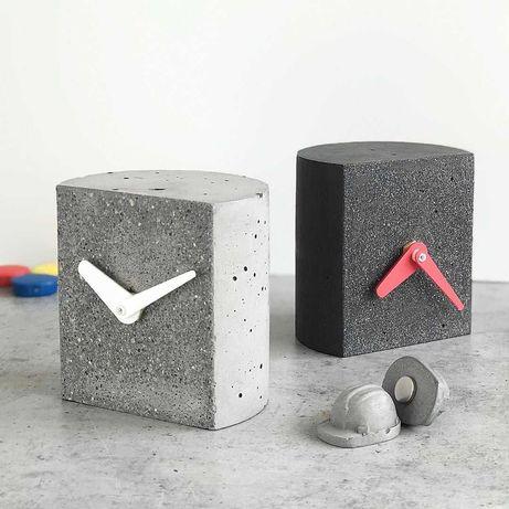 Часы из натурального бетона