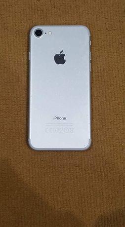 Iphone 7 32gb Silver do negocjacji