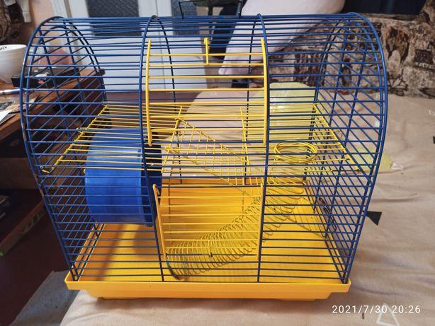 Клетка для хомяка или попугая.