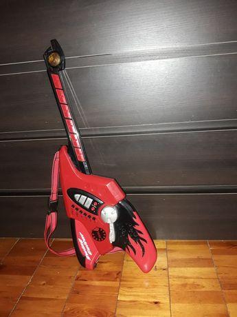 Детская бас-гитара