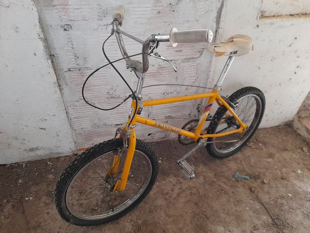Bicicleta tipo Bmx antiga