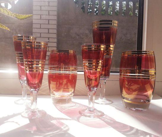 Бокалы рюмки стаканы