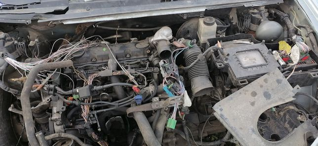 ЗП ситроен С5 двигатель 2,0 Д, КПП, рейка, стойка, ГУР, разборка