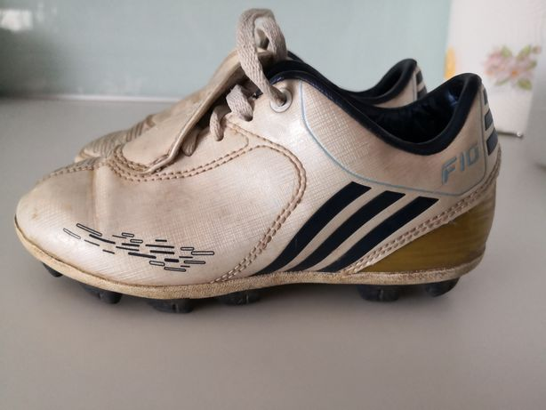 Chuteiras Adidas F10 tam. 29