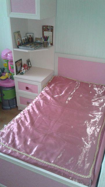 Ліжко з матрацом з пеналом / меблі в дитячу /