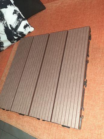 40 decks compósito 30x30cm