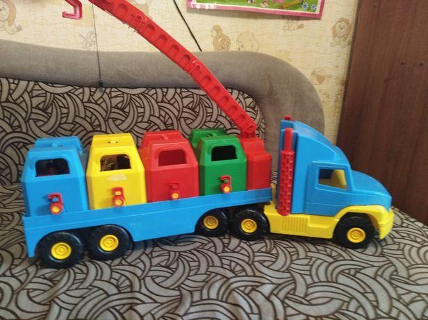 Машинка іграшкова