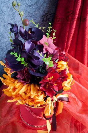 Flower Box w kolorach jesieni - kompozycja kwiatowa w pudełku