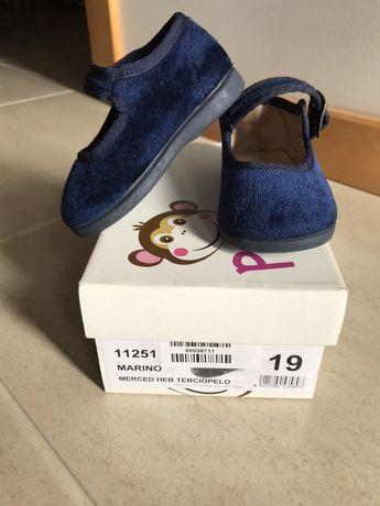 Vendo sapatos menina nr. 19