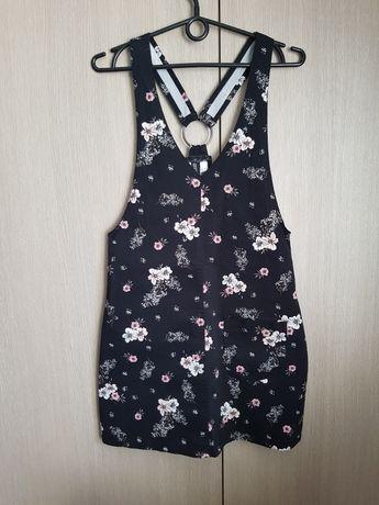 Czarna sukienka w kwiaty H&M 34 XS