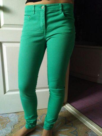 Продам зелёные джинсы