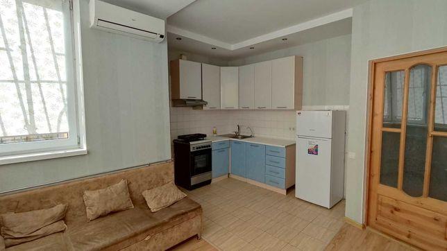 Двухкомнатная квартира с ремонтом на Сахарова в ЖК Изумрудный Город