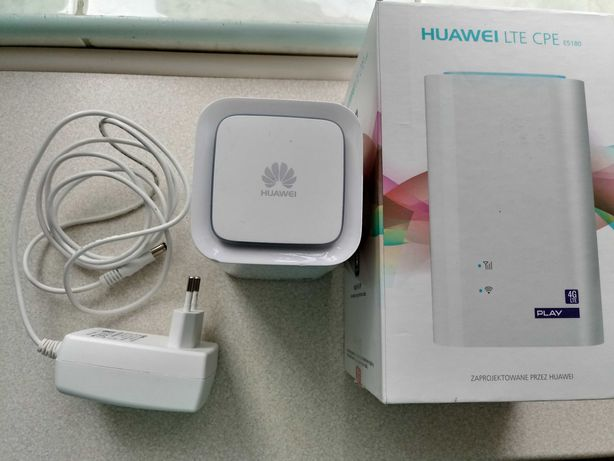 Huawei E5180s-22 LTE router
