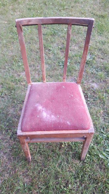 Krzesło drewniane do odrestaurowania
