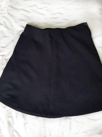 Чорна спідниця Sinsay (розмір S)