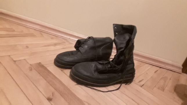 чоботи чол. шкіряні 45 розмір