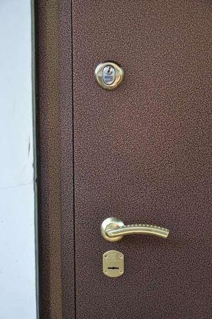 Изготовление и ремонт металлических дверей и любых металлоконструкций.