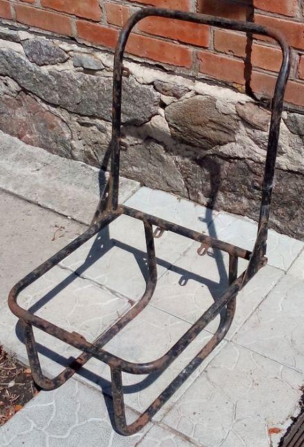 Кресло (каркас кресла) атомобиля УАЗ