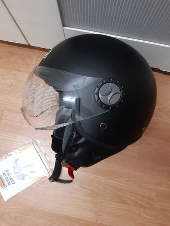 Capacete de mota - motard. NOVO com etiqueta. Vendo ou troco.