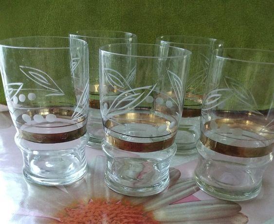 Продам стаканы б/у. Набор 5 шт. Цена 200 руб.