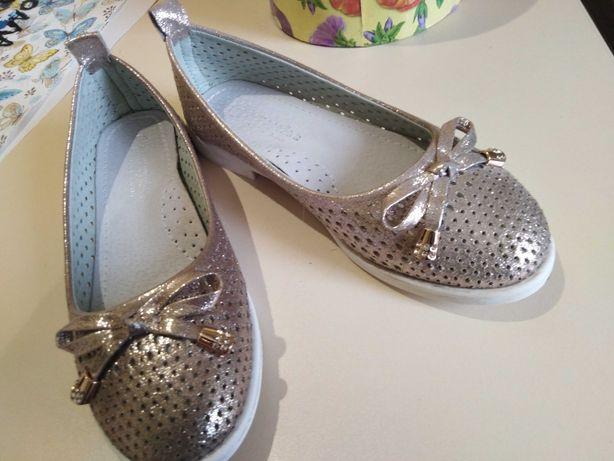 Туфли для девочки кожа р 30