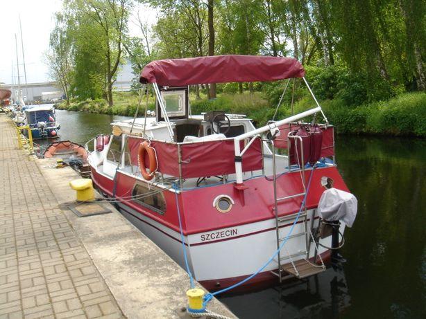 Łódz kabinowa motorowa turystyczna House boat