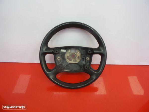 Volante Audi Allroad (4Bh, C5)