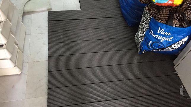 Pavimento em Deck estilo madeira Leroy - 2m2
