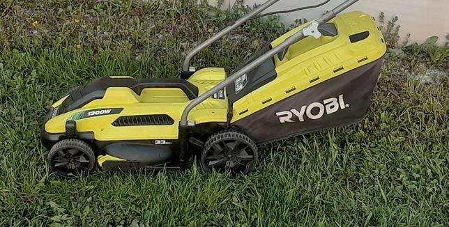 Газонокосарка Ryobi 1300 газонокосилка