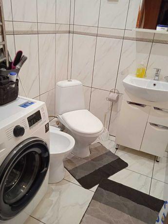 Продаж 1 кімнатна квартира з ремонтом Винна Гора