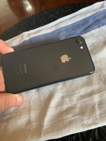 iPhone 8 64 GB używany