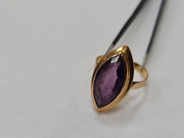 Wyjątkowy złoty pierścionek damski/ Retro/ 585/ 4.48 gram/ R20