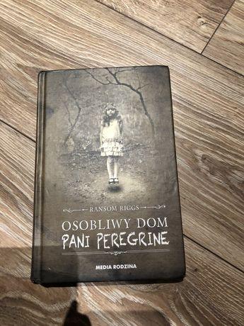 Książka osobliwy dom pani Peregrine Ransom Riggs
