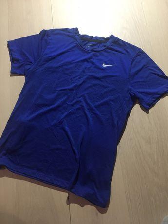 Футболка для спорта Nike