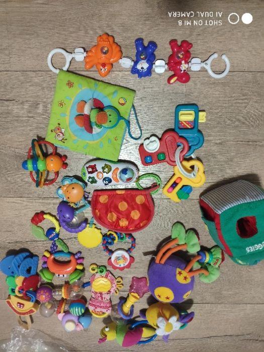 игрушки прорезыватель ключи fisher price телефон chicco Буча - изображение 1