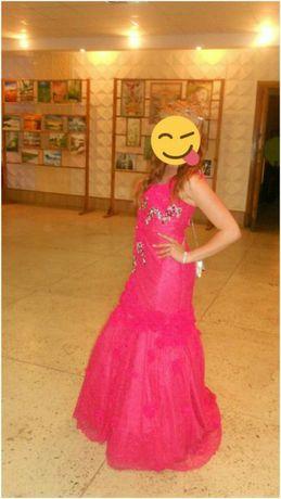 Продам или сдам в аренду платье...