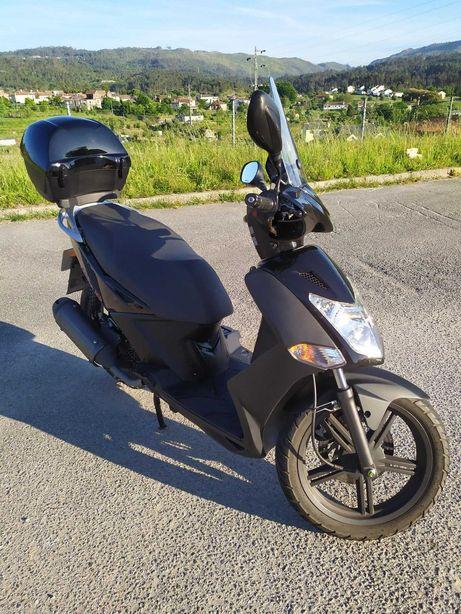Motociclo scooter KYMCO 125