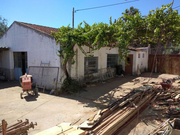 Lote de Terreno Urbano para Moradia Térrea-Estremoz