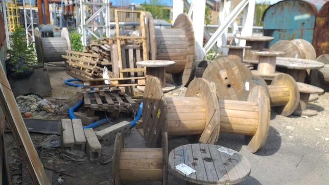 Drewno opałowe sosnowe .