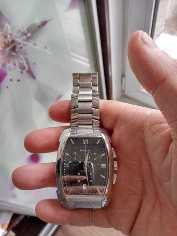 Продаю оригинальные мужские часы белмейн номер часов 5741