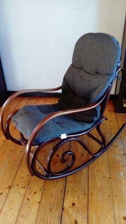 Krzesło bujane do odmalowania raczki, stan idealny