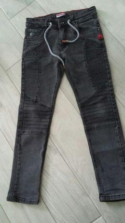 Spodnie rurki czarne r. 122/128