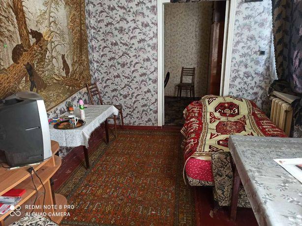 Сдам 2-х комнатную квартиру за 3500 возле Леваневского(5 мин центр )