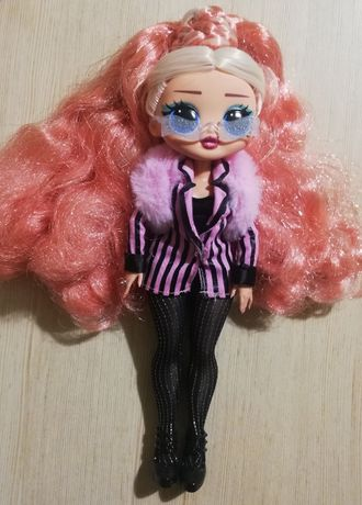 Sprzedam nową lalkę OMG