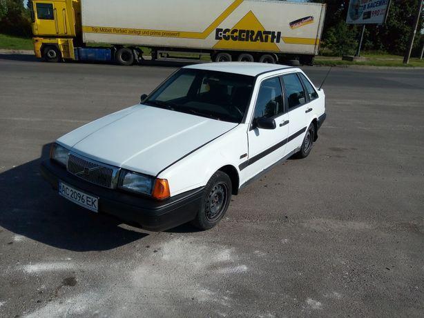 Вольво 440  1991