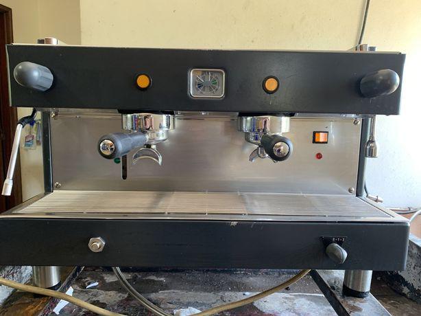 Maquina de café industrial, Fazemos instalação