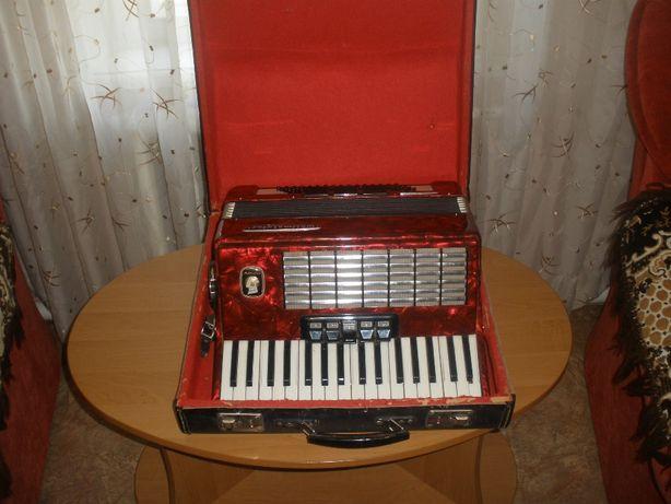 Продается аккордеон Weltmeister Stella 1978 года выпуска, германия